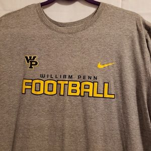 The Nike Tee  William Pen Football. Size XL